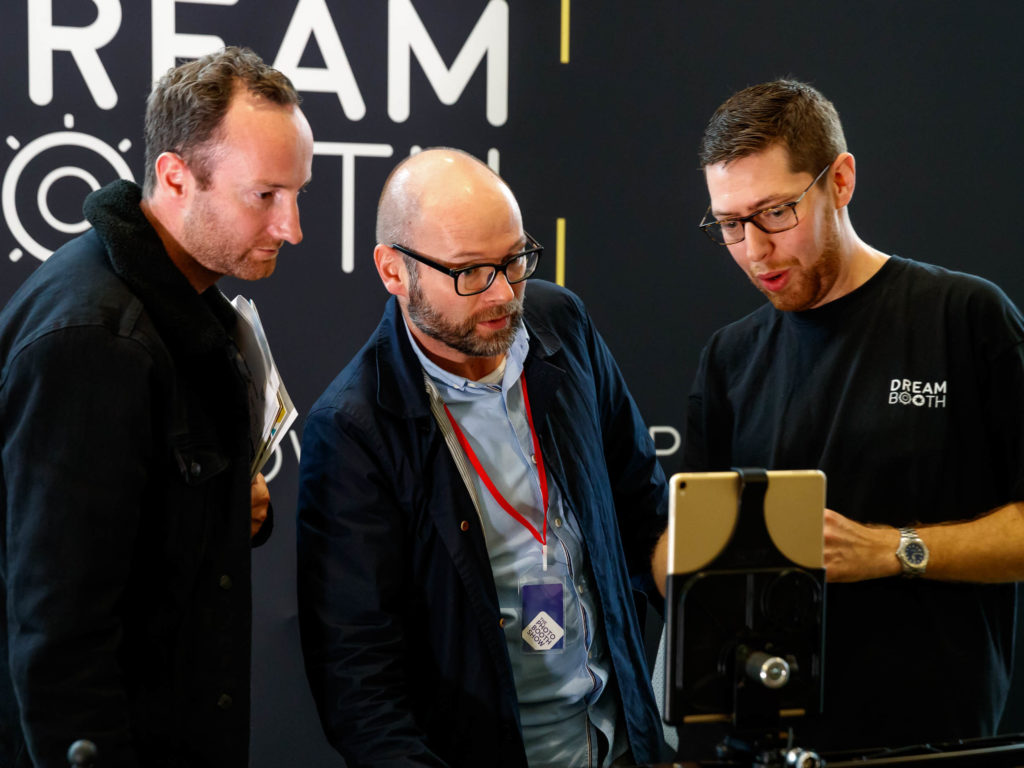 photoboothshow ipad slider booth by Dream Booth with Elliott Gosling